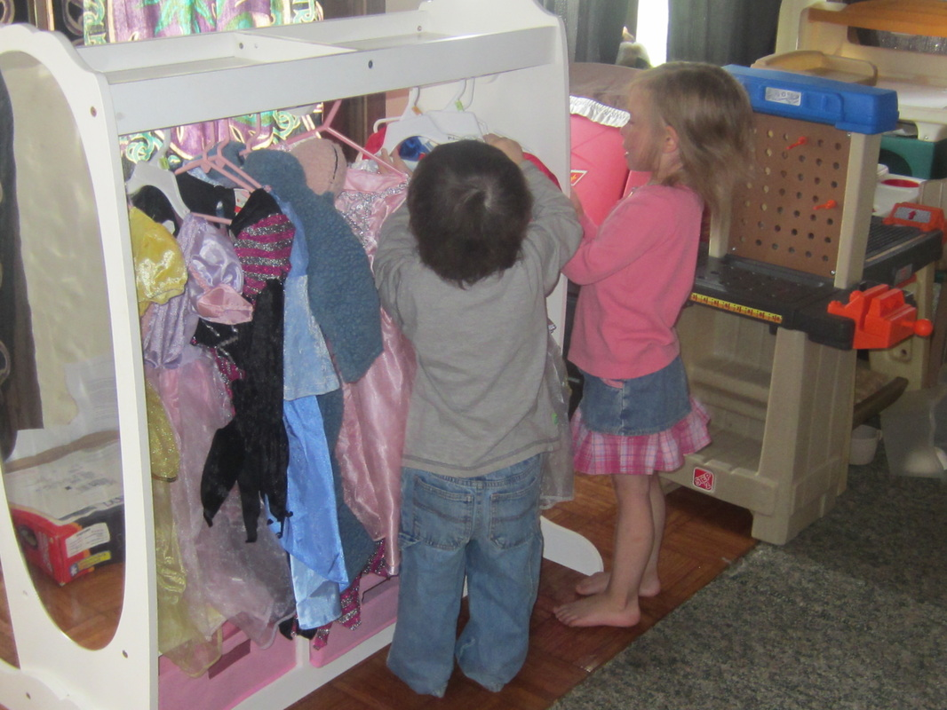 Merveilleux Plus, Having All Of Their Dress Up Clothing Easily Accessible And Within  Childrenu0027s Reach Makes Clean Up And Organization A Breeze!